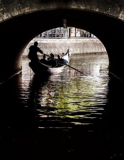publieke rondvaart leeuwarden gondola tours binnenstad grachten pijpen