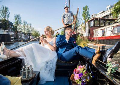 rondvaart leeuwarden friesland huwelijksbootje gondola tours bruidspaar oostergracht gezellig