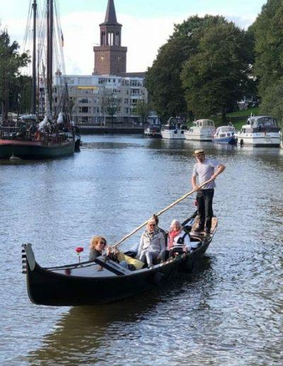 prive gondelvaart leeuwarden uitje friesland westersingel gondola tours