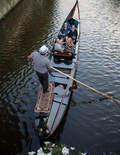 prive rondvaart leeuwarden gondel binnenstad gezelligheid gondola tours