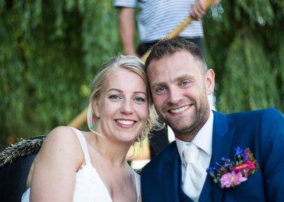 rondvaart leeuwarden friesland huwelijksbootje gondola tours bruidspaar verliefd