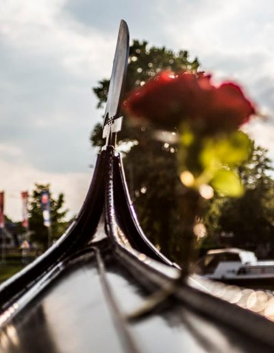 venetiaanse gondel rondvaart leeuwarden friesland prinsentuin ferro gondola tours